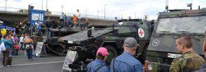 Panzer-auf-Dresdens-Strassen-Bundeswehr-erklaert-umstrittene-Fahrten_pdaBigTeaser