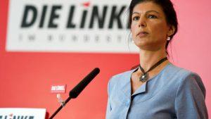A német közszolgálat kikészült Wagenknecht (Die Linke) miatt: szintén Merkelt hibáztatta a berlini mészárlásért